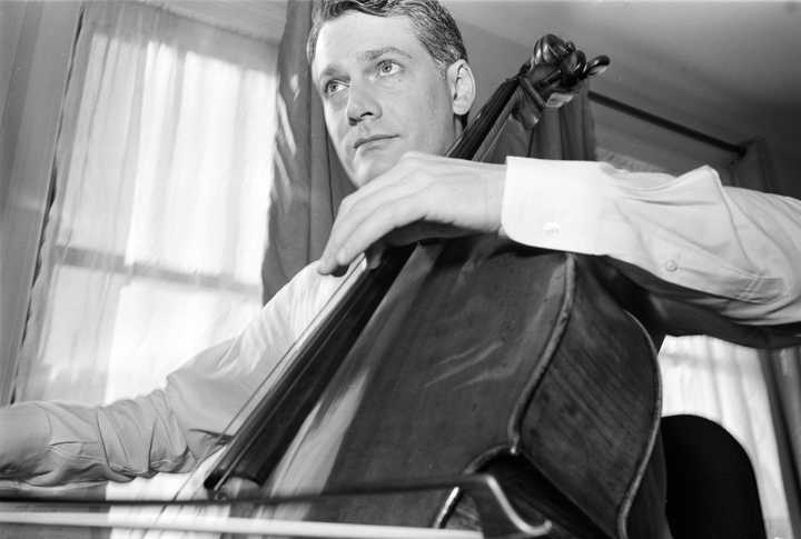 Peter Sachon Cellist