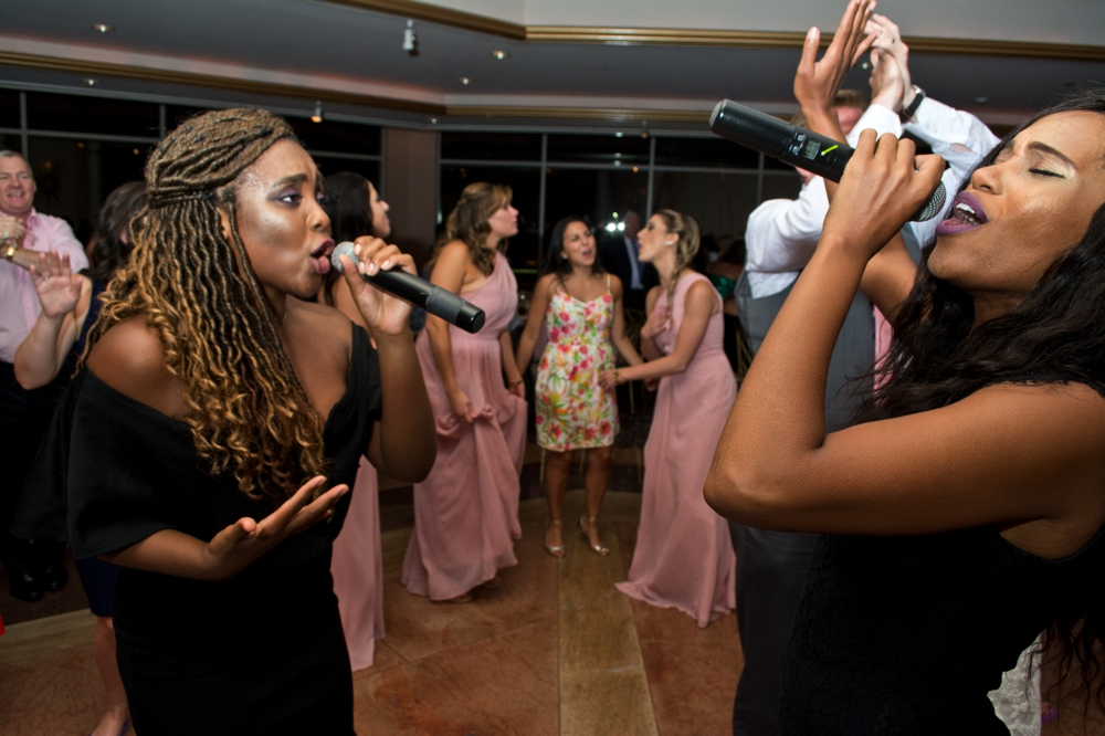 Westchester Country Club Wedding Singers with Guests on Dance Floor