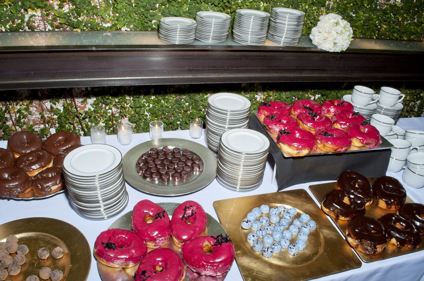 eat and drink at a wedding dessert table