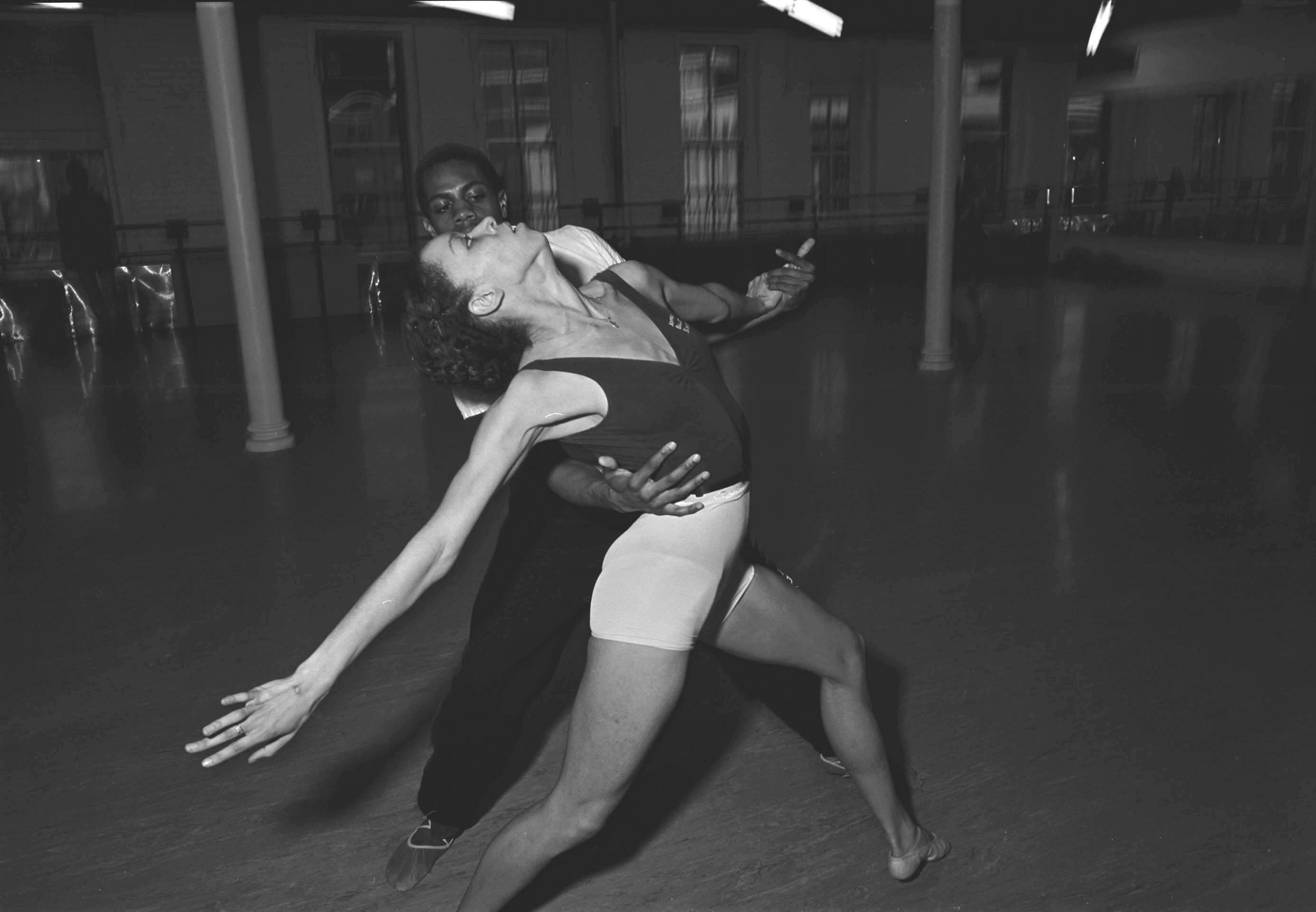 Joffrey ballet dancers NYC shot in real film.